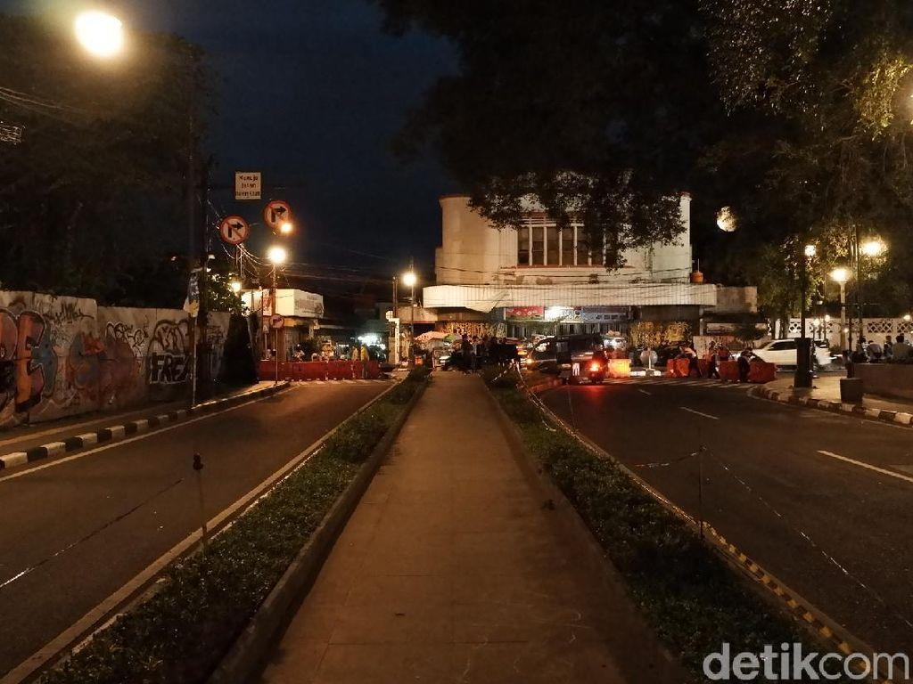 Maaf! Alun-alun Bandung Dikosongkan, Tak Ada Perayaan Tahun Baru