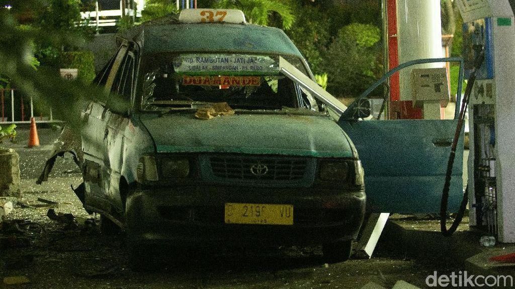 Begini Kondisi Angkot yang Meledak di SPBU Margonda