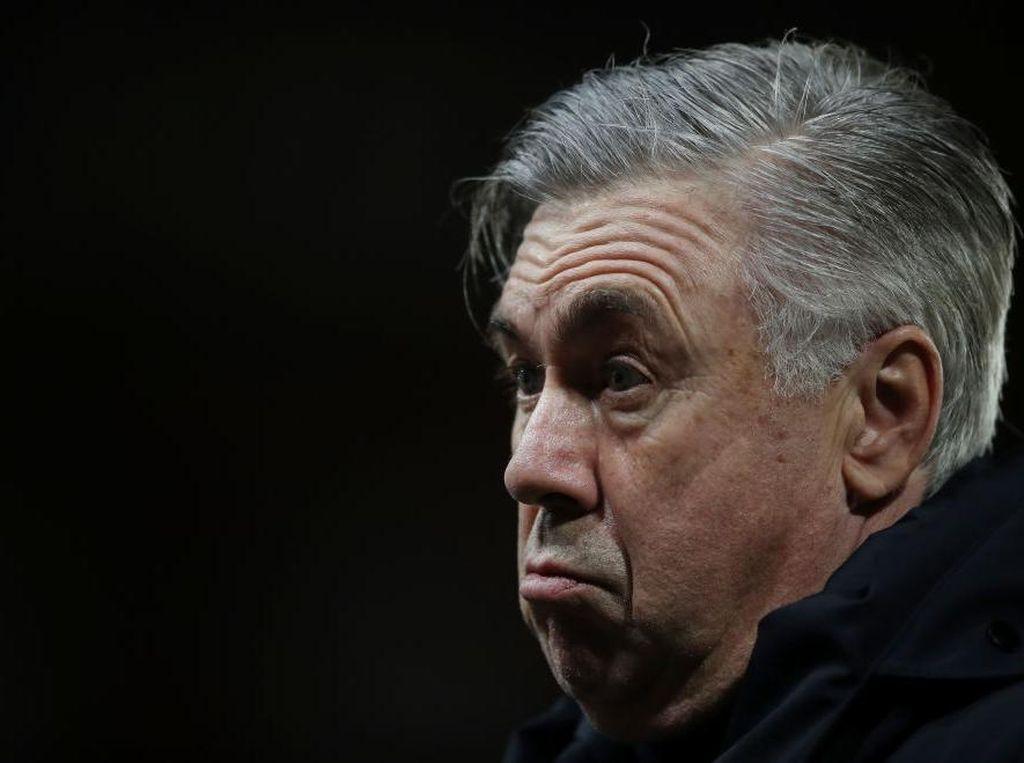 Ancelotti Heran Banyak Warga Inggris Tak Pakai Masker