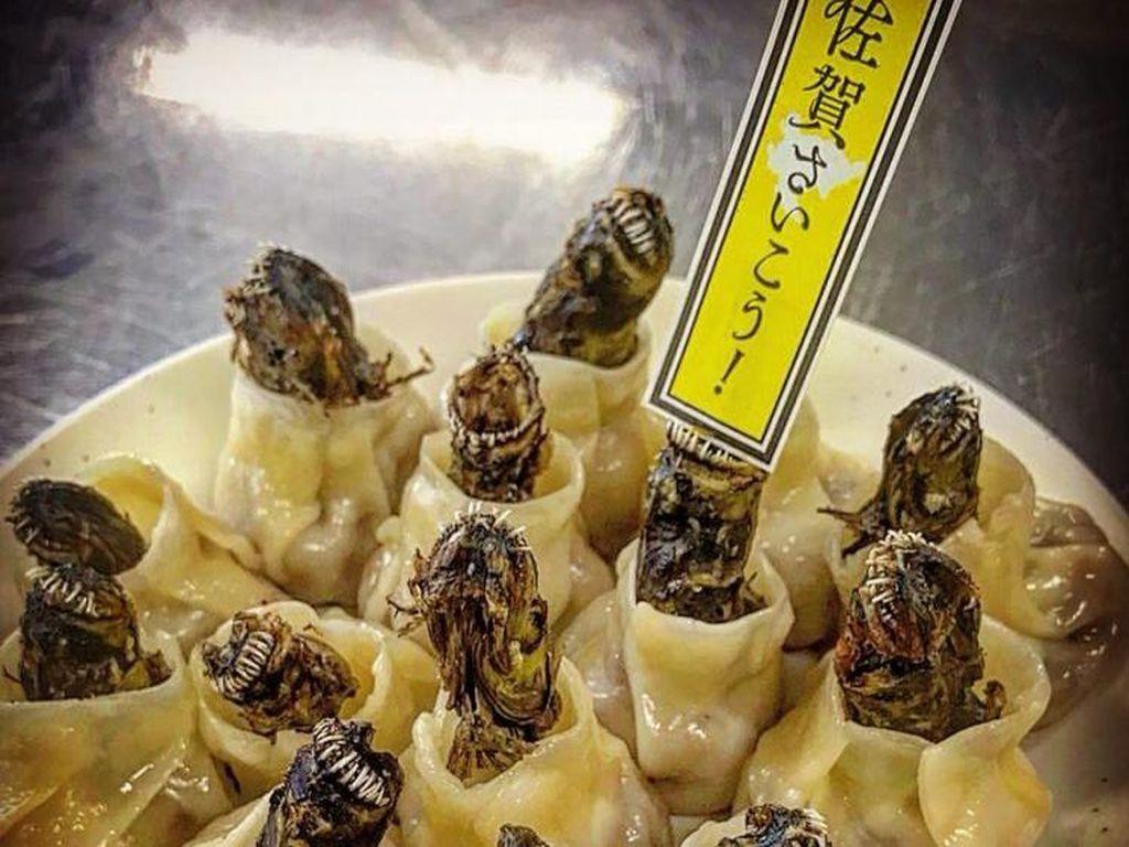 Dumpling Ikan Alien, Kuliner Eksotis yang Tampilannya Bikin Ngeri!