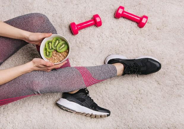 Nutrisi buruk berkontribusi pada kondisi mental yang berkurang dan exercise mengurangi stress.