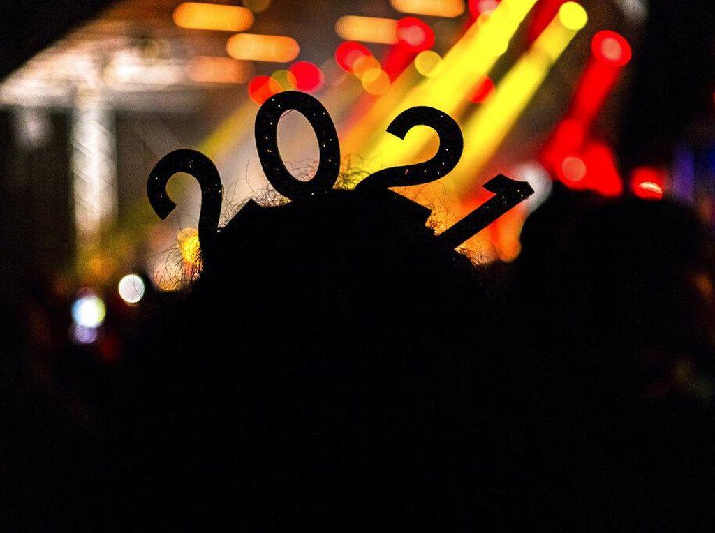 Berita Terpopuler: Tanggal Merah 2021, Motret Babi Bayar Rp 30 Juta