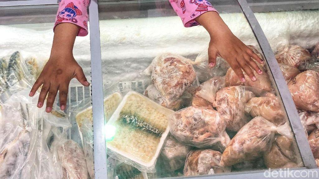 Jelang Tahun Baru, Omzet Daging Meningkat Dua Kali Lipat