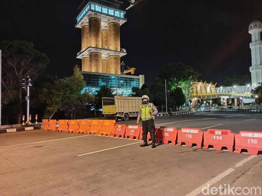 Cegah Kerumunan, Sejumlah Jalan di Bandung Ditutup Jelang Tahun Baru