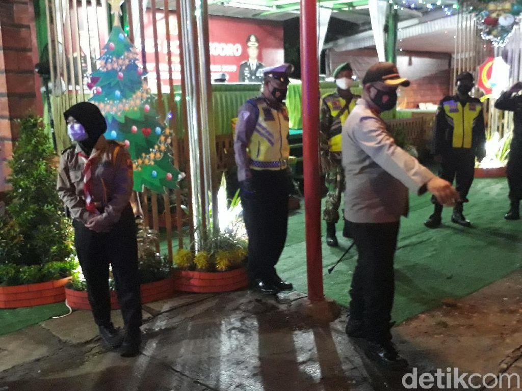 Polisi dan TNI Bojonegoro Patroli Skala Besar di Malam Tahun Baru