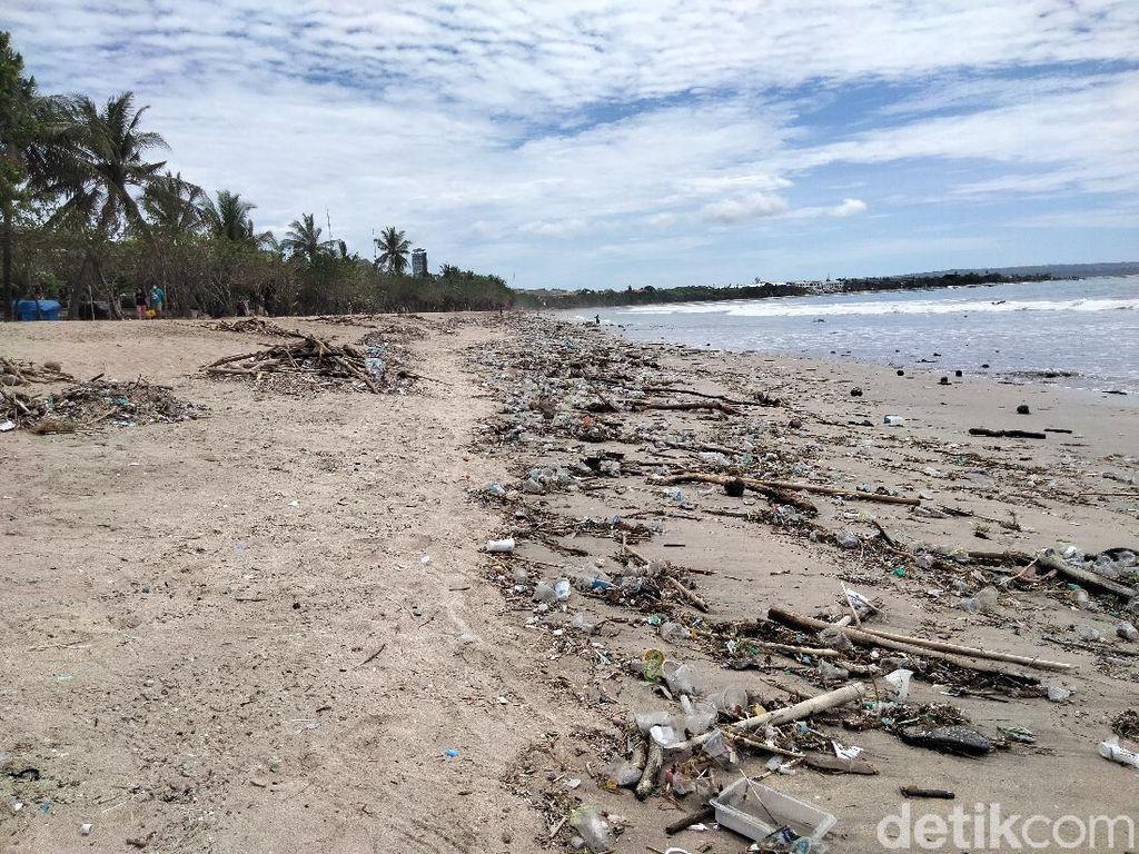 Sampah di Pantai Bali, Dino Patti Djalal: Maaf Ini Buruk Sekali