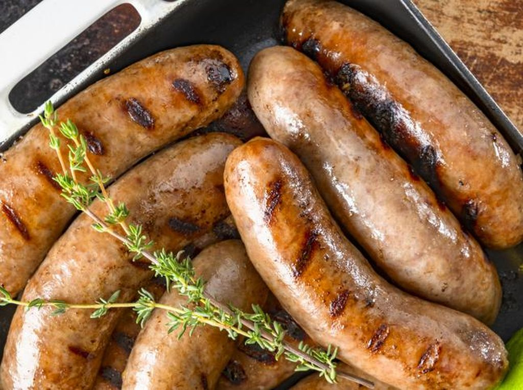 5 Tips Bikin Sosis Bakar Enak Buat Barbeque dari Chef