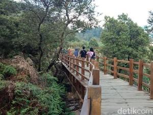 Wajah Baru Kawah Sikidang, Ada Jembatan Kahayangan Sepanjang 1 Km