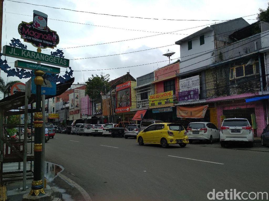 Mitos Jalan Peruntuh Jabatan dan Beringin Tua Angker di Cirebon