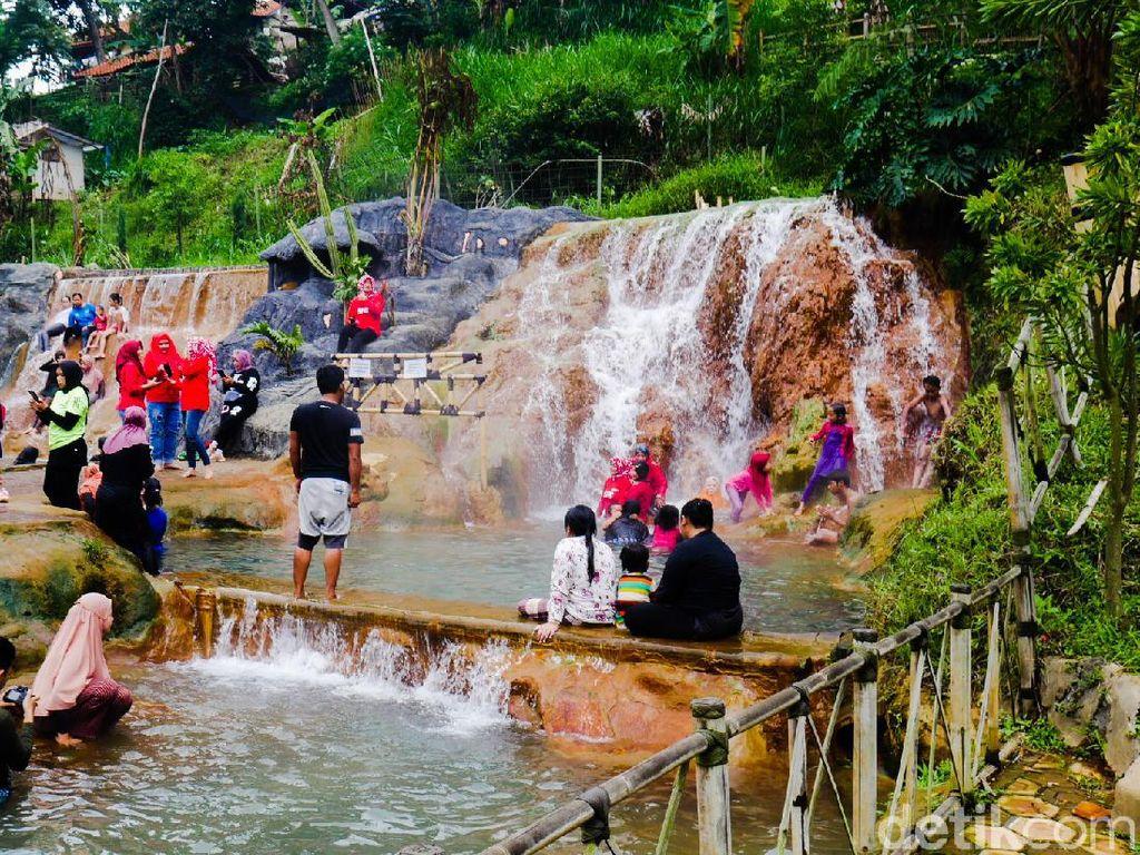 Foto: Yang Segar-segar di Bandung Barat