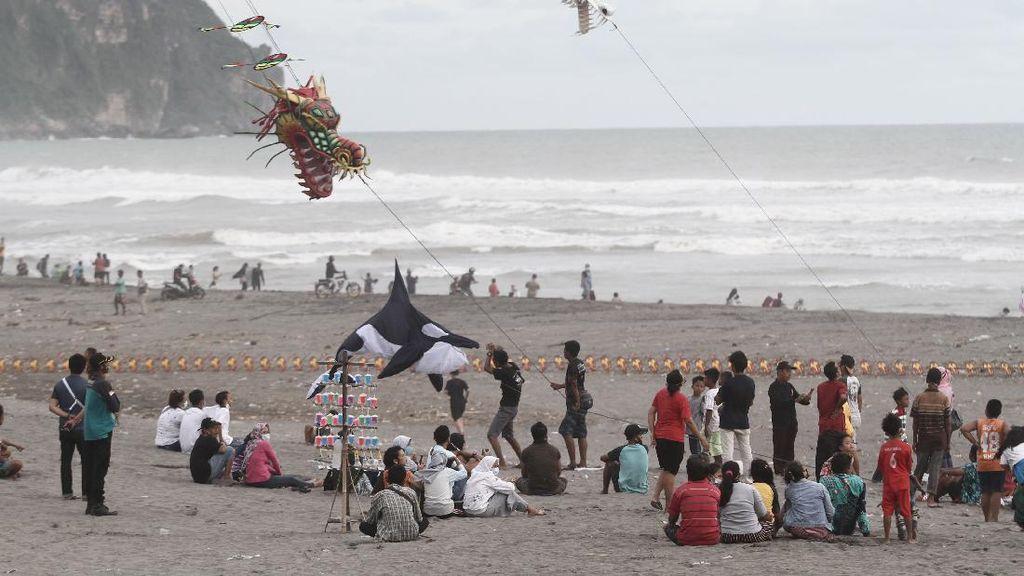 Pantai di Yogyakarta Jadi Sasaran Wisatawan Saat Libur Tahun Baru