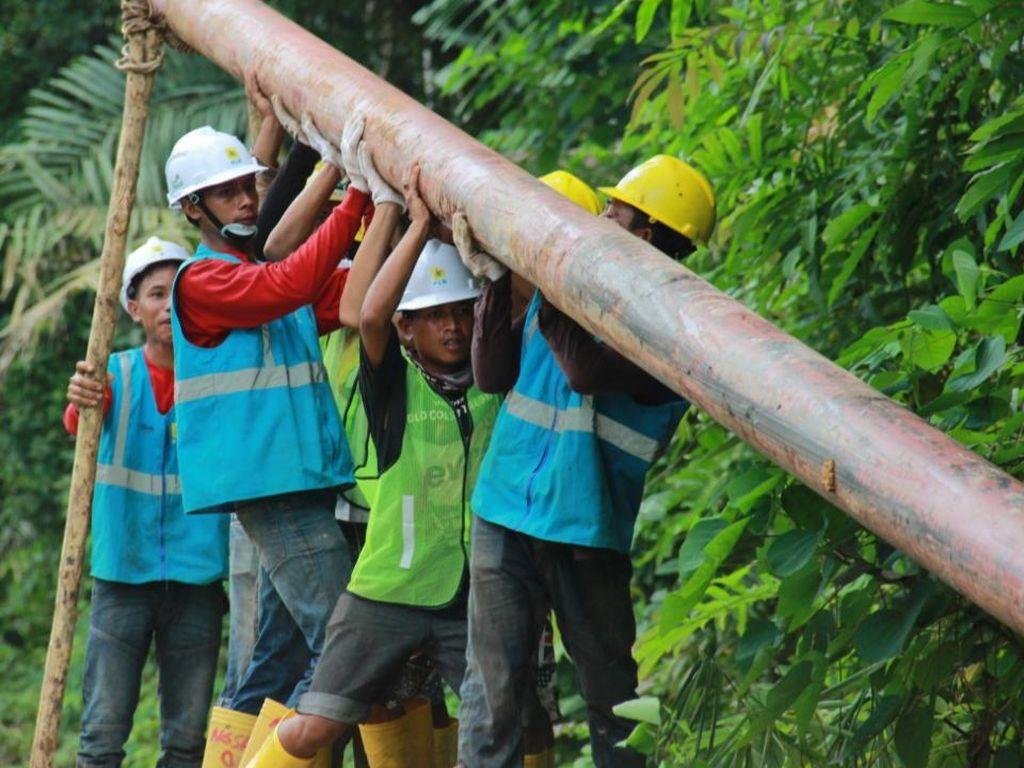 17 Desa di Riau dan Kepri Teraliri Listrik di Penghujung Tahun 2020