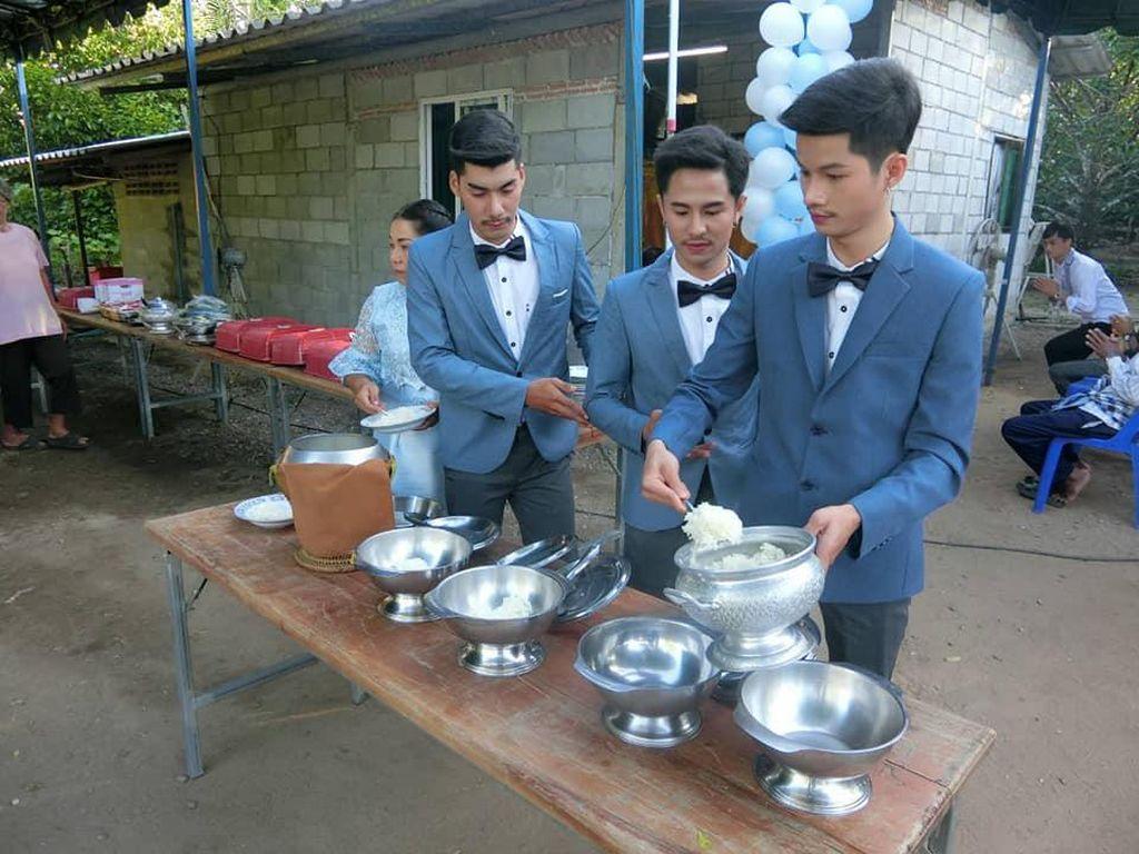 Foto: Viral Perkawinan Kontroversi 3 Pria Thailand Menikahi Satu Sama Lain