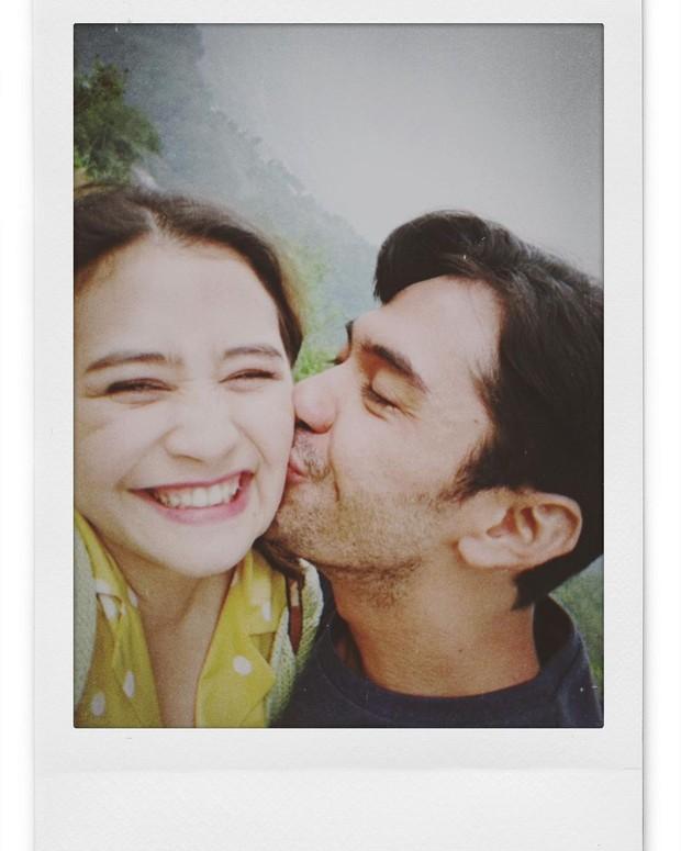 Potret kemesraan Prilly dan Reza di drama series terbaru mereka.