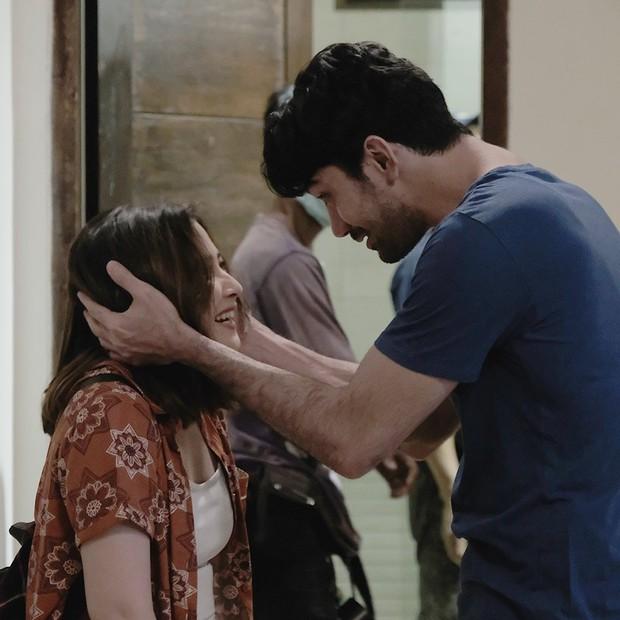 Potret di balik layar Prilly dan Reza saat membintangi drama My Lecturer My Husband.