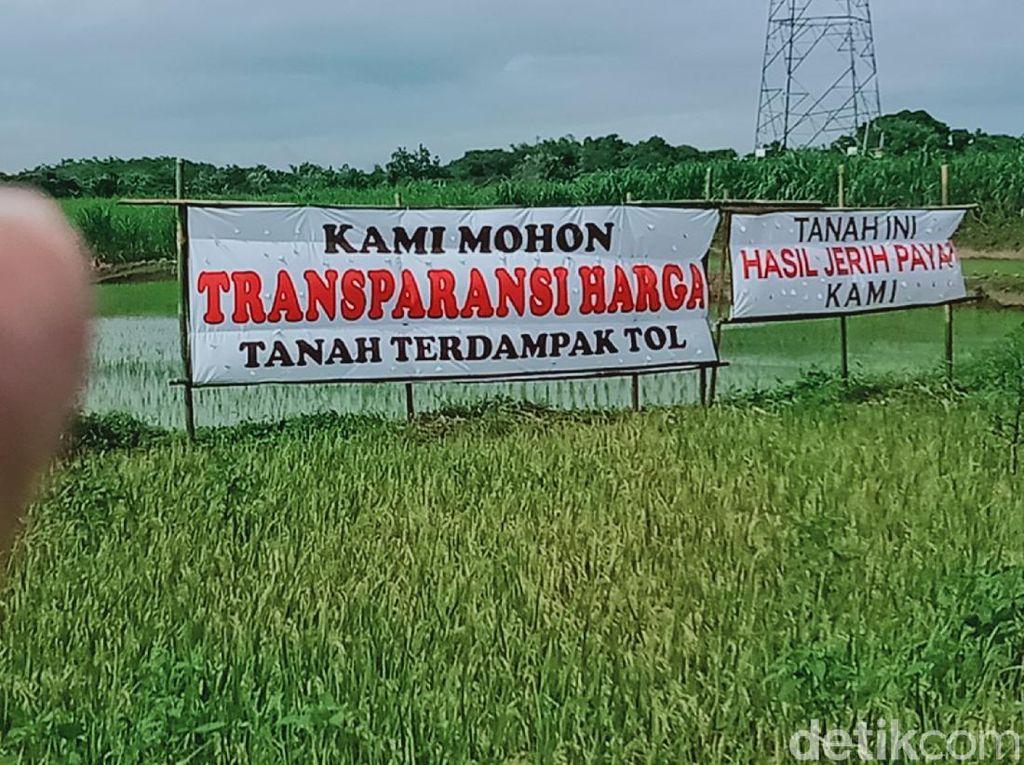 Lahan Terdampak Proyek Tol Yogyakarta-Solo Dipasangi Poster