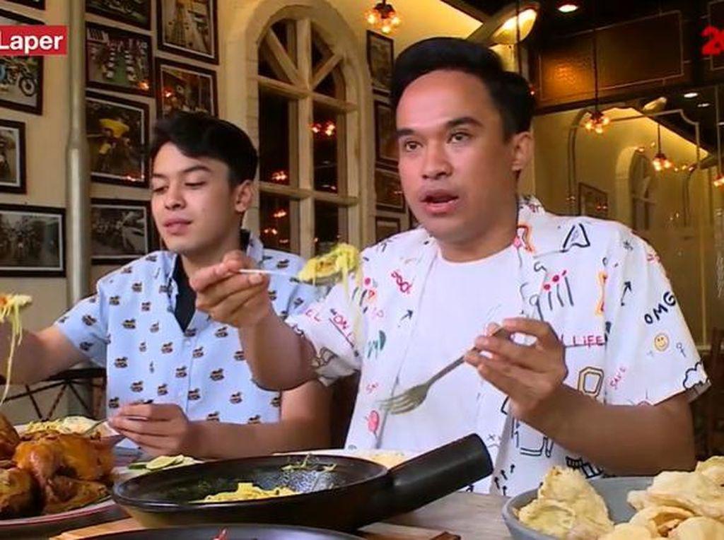 Bikin Laper! Soto Ayam Medan dan Mie Singapura yang Gurih Enak