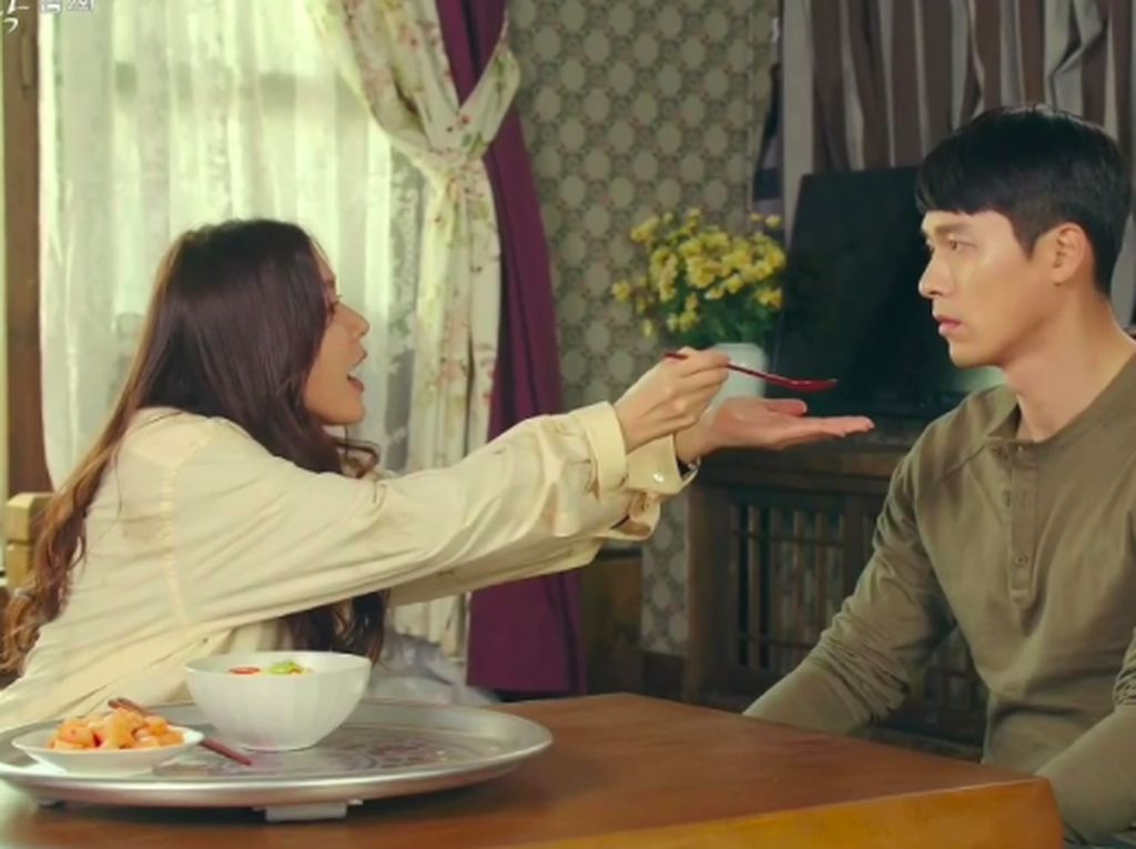 Di Crash Landing on You, Ini 7 Makanan Favorit Son Ye Jin dan Hyun Bin