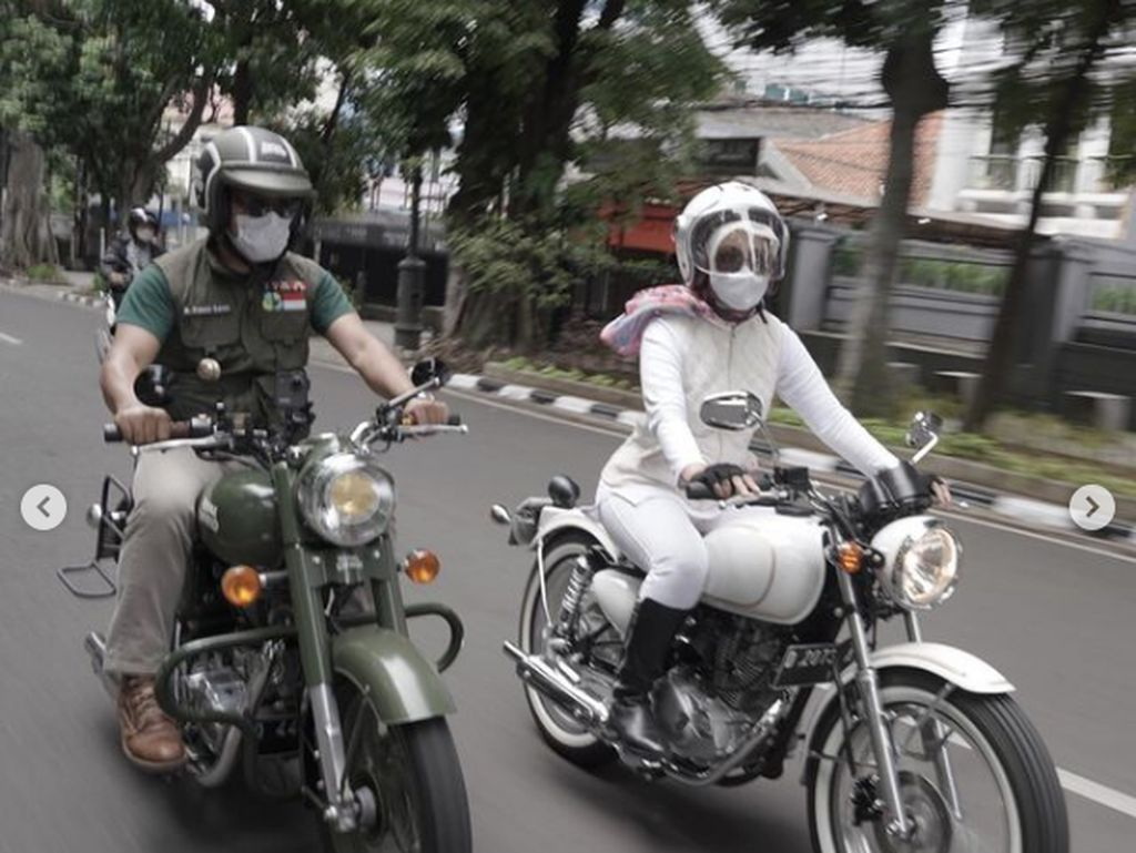 So Sweet, Ridwan Kamil Hadiahi Bu Cinta Motor Custom