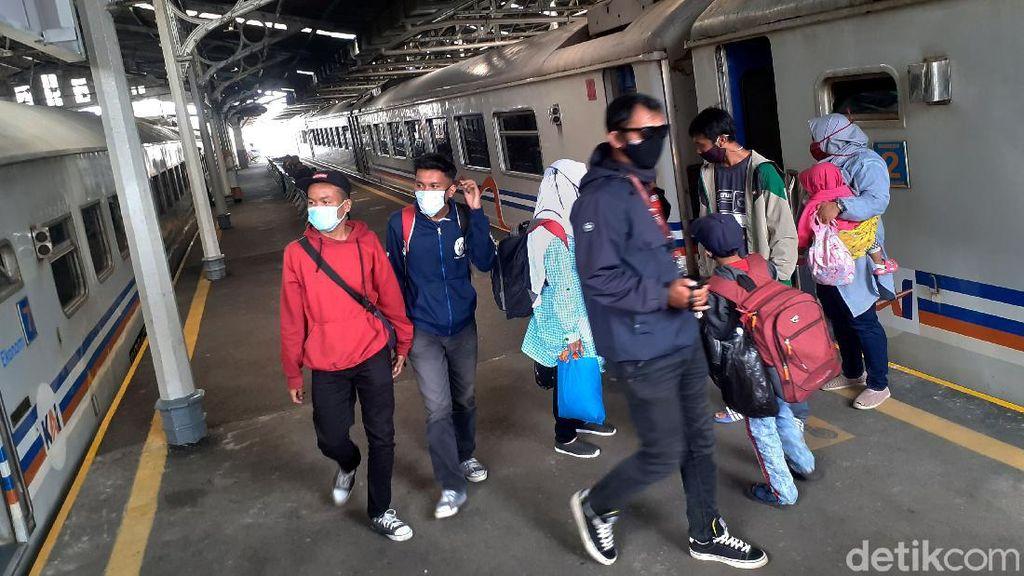 Stasiun Bandung Jelang Arus Balik