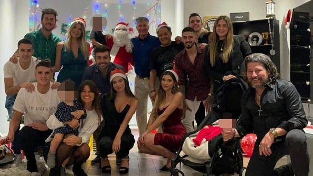 Lamela, Lo Celso, Reguilon, dan Lanzini merayakan Natal bersama.