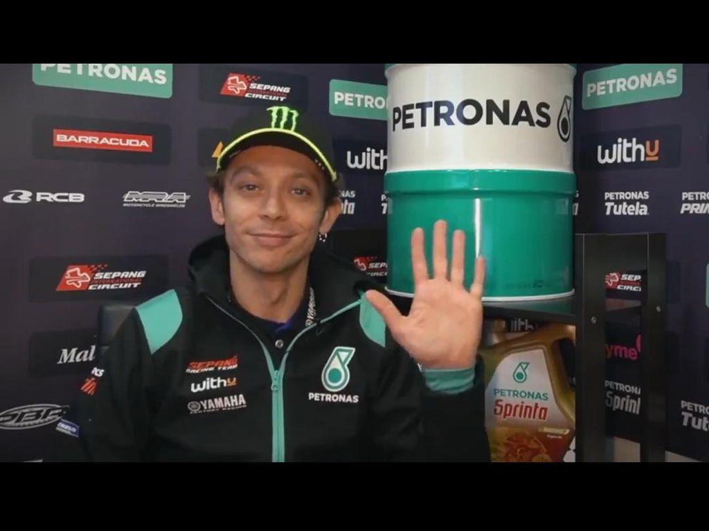 Selamat Ulang Tahun ke-42, Valentino Rossi, Sampai Kapan Mau Balapan Terus?