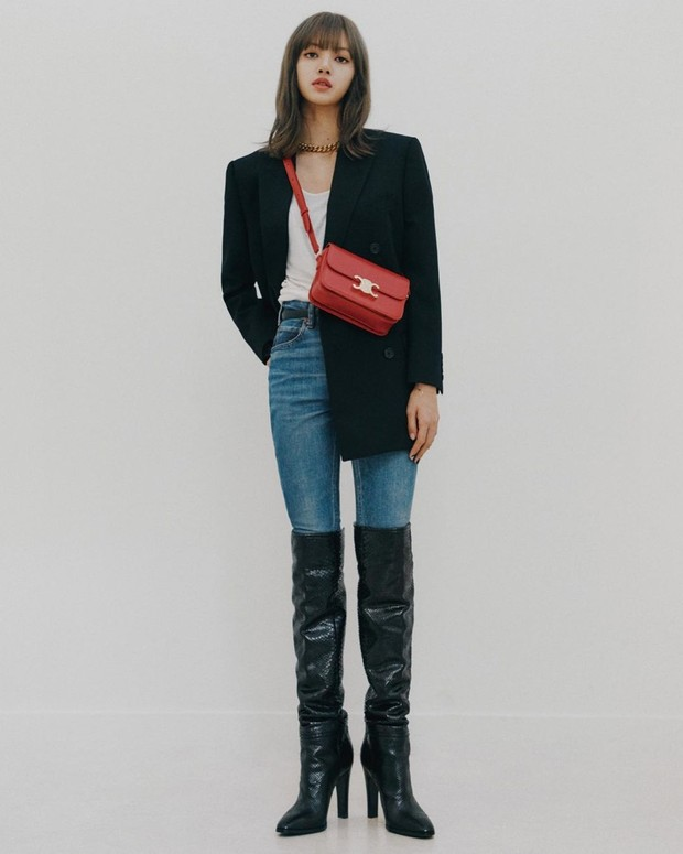 straight jeans with curdory blazer