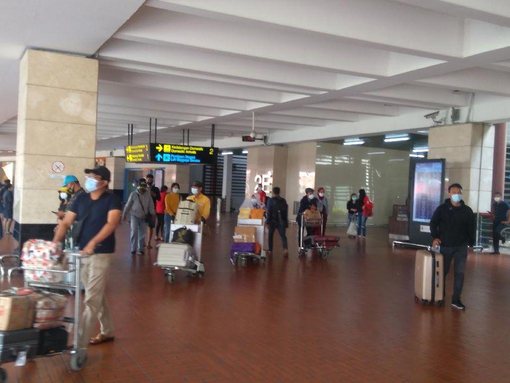 Puncak Arus Balik Diprediksi Hari Ini, Begini Suasana di Bandara Soetta