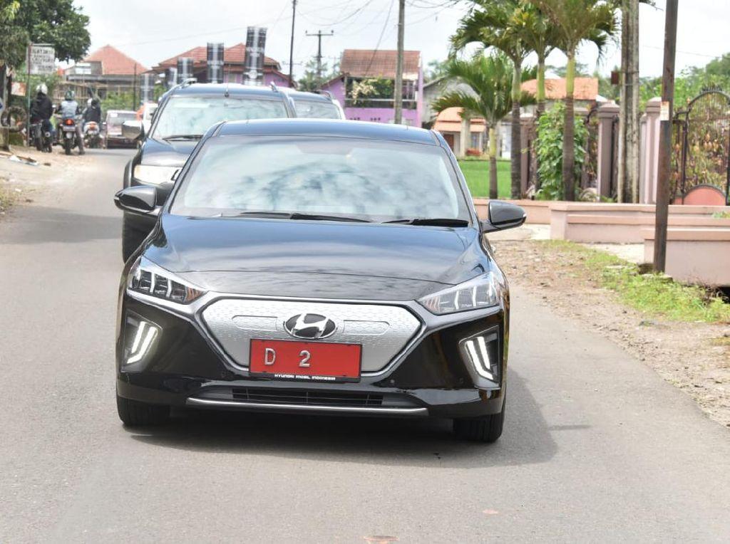 Kapan Pemprov DKI Jakarta Jadikan Mobil Listrik Kendaraan Dinas Nih?