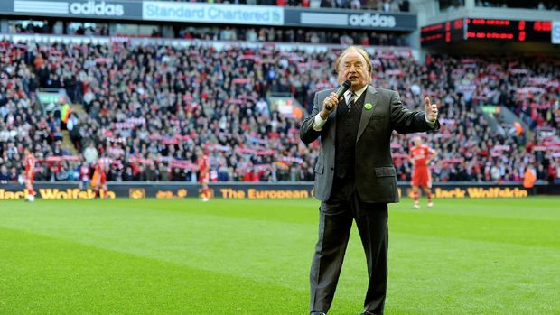 LIVERPOOL, ENGLAND - OCTOBER 24:  Gerry Marsden sings prior to the Barclays Premier League match between Liverpool and Blackburn Rovers at Anfield on October 24, 2010 in Liverpool, England.  (Photo by Michael Regan/Getty Images)