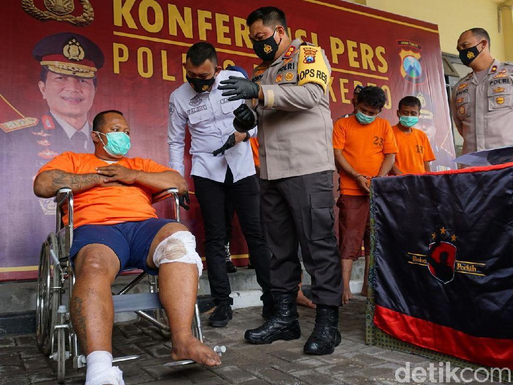 Polisi Hadiahi Tembakan Pria yang Tega Jambret Ibu Hamil di Mojokerto