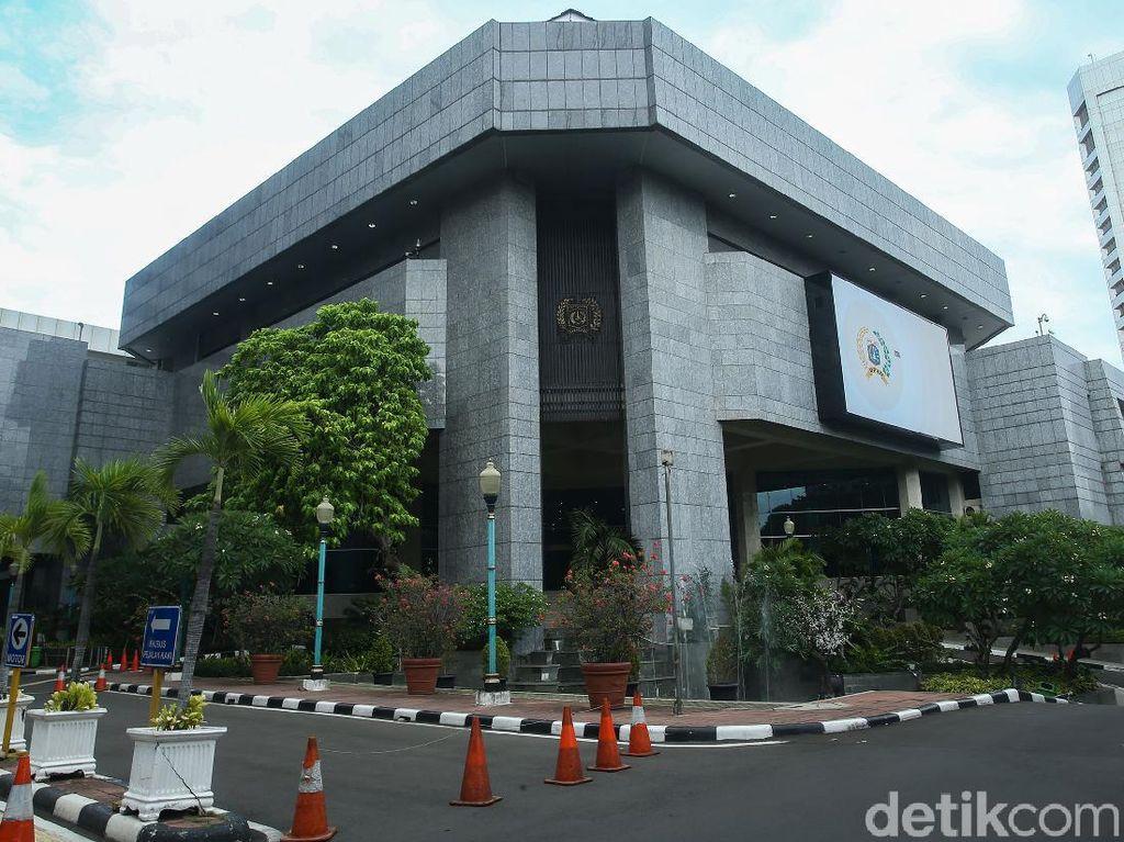 Penutupan Gedung DPRD DKI Diperpanjang Hingga 25 Januari
