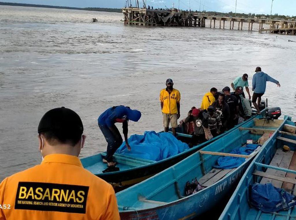 Sempat Dinyatakan Hilang, Longboat Berpenumpang 14 Orang di Asmat Ditemukan