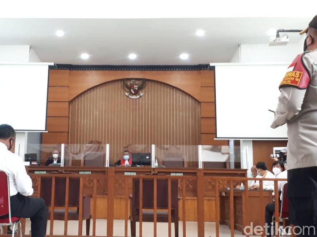 Sidang Praperadilan, Habib Rizieq Minta Status Tersangka Dibatalkan