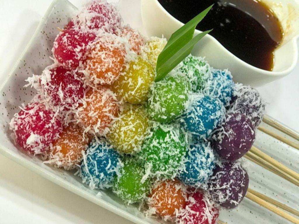 Masak Masak : Sate Cenil Warna-Warni Saus Gula Merah