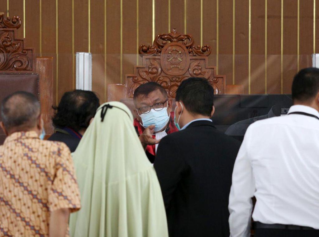 Suasana Sidang Perdana Praperadilan Habib Rizieq