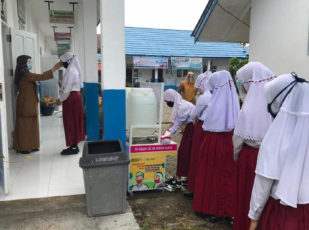 Kadisdik Padang Sebut 575 Sekolah Kembali Belajar Tatap Muka
