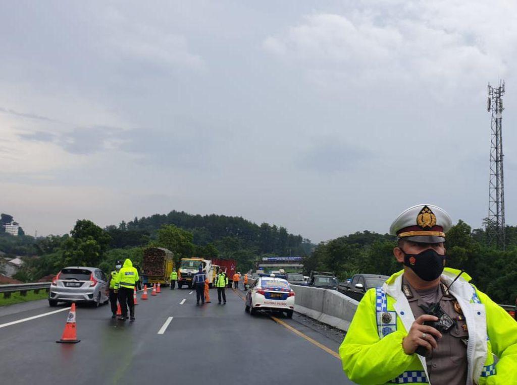 Petaka Laka di Tol Semarang yang Merenggut Nyawa Chacha Eks Trio Macan