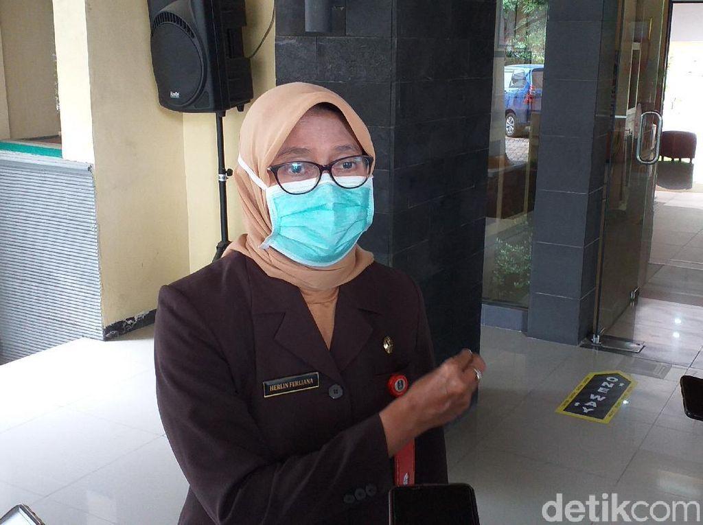 Di Jatim, Petugas Pelayanan Kesehatan dan Publik Diprioritaskan Divaksin COVID-19