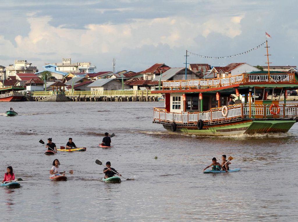 Serunya Berwisata di Sungai Kapuas