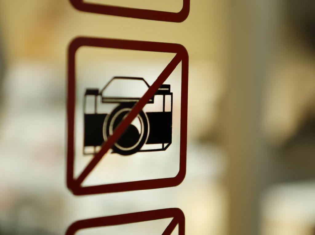 Main-main dengan Foto Pasien, Para Petugas Medis Ini Tuai Kecaman