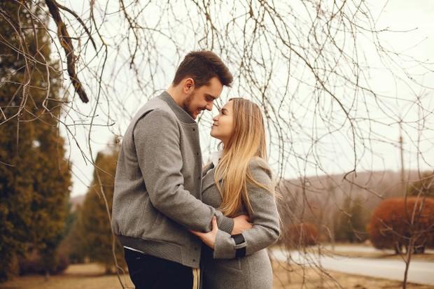 Coba untuk melihat sisi pandang pasangan dan memahaminya.