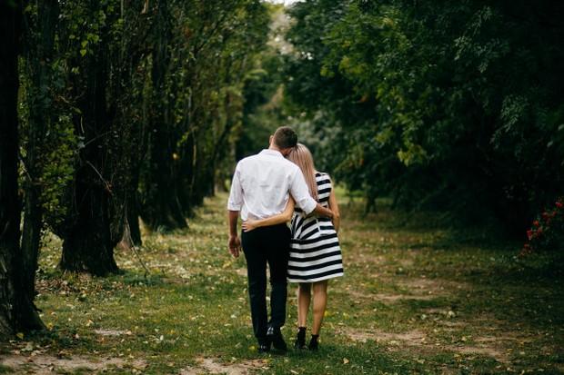 Cobalah memberi kesempatan pasangan untuk membuat keputusan sendiri.