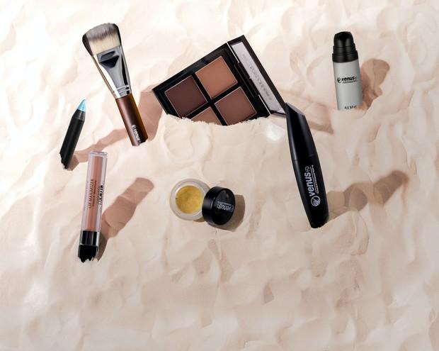 Meskipun penting untuk menjaga sel kulit mati, tapi untuk yang memiliki kulit kering kamu tidak memerlukan glycolic acid dalam formula make up kamu.
