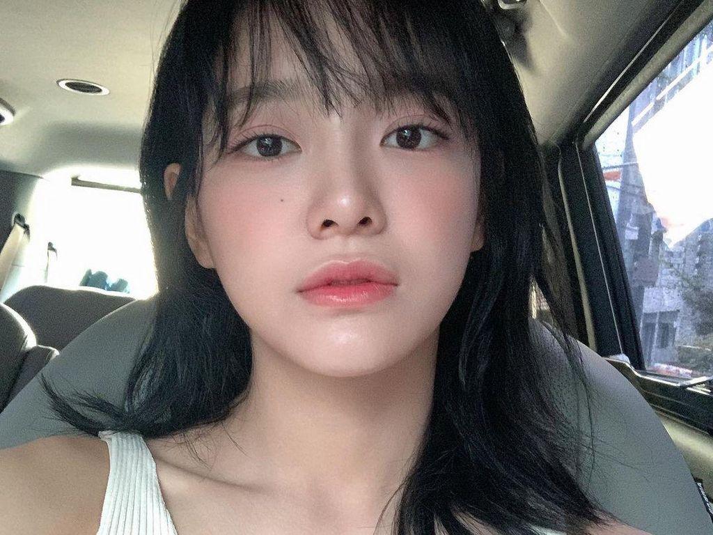 10 Potret Cantik Kim Sejeong yang Kini Mantap Jadi Aktris