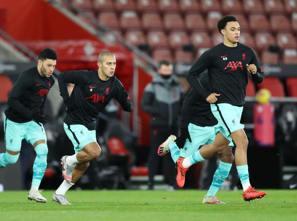 Liverpool Wajib Belanja Bek Tengah jika Masih Ingin Juara