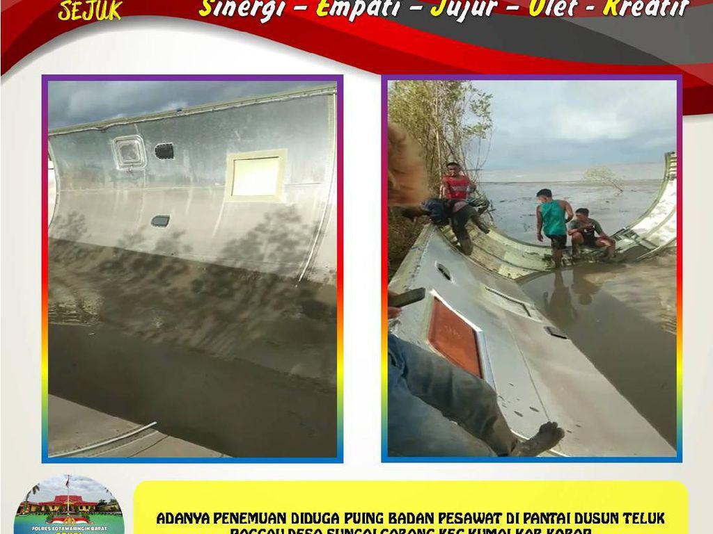 Puing Diduga Badan Pesawat Ditarik ke Dermaga Pelabuhan KSOP Kumai
