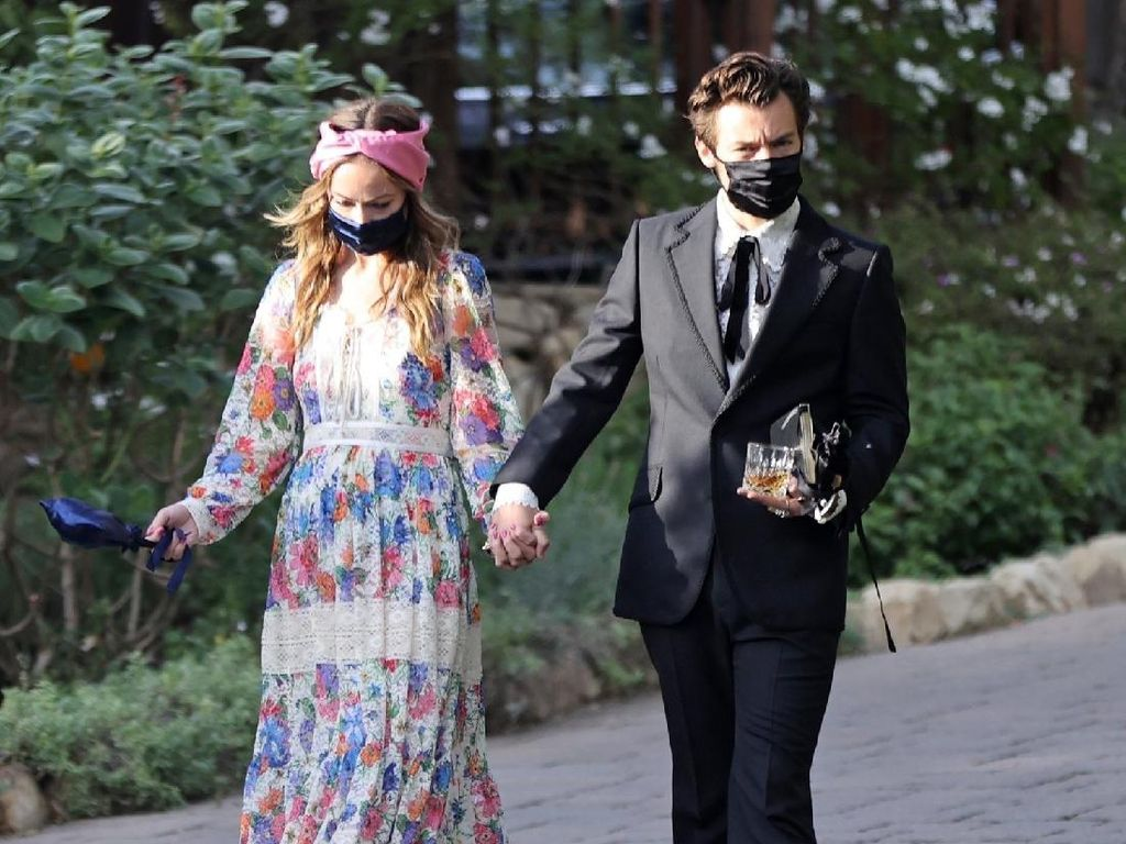 Duh! Olivia Wilde Disebut Selingkuhi Eks Tunangan dengan Harry Styles