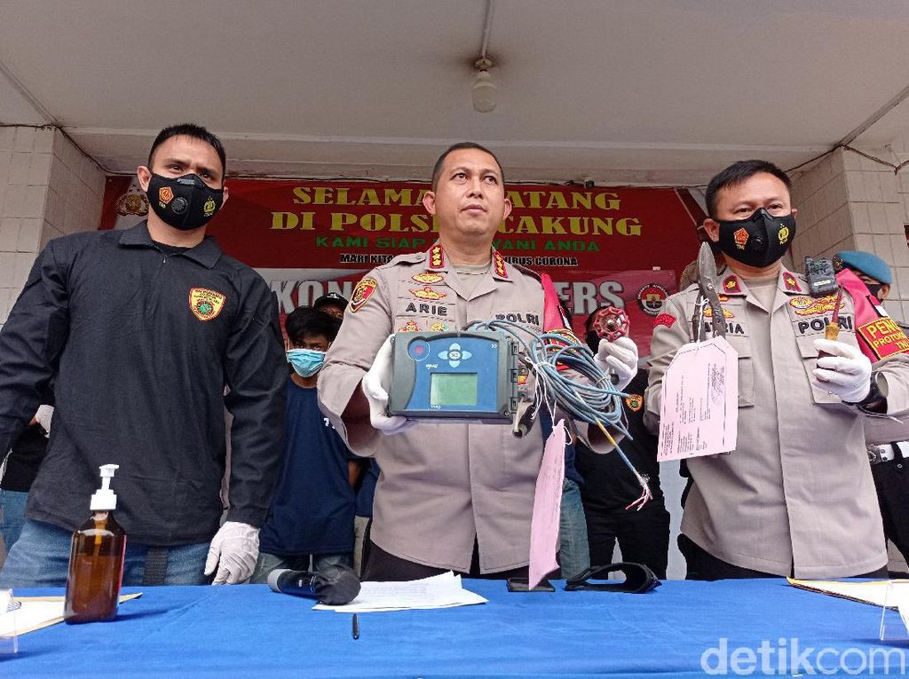 Bagian Pipa Gas Dicuri Bikin Bau Menyengat di Cakung Tak Terperi