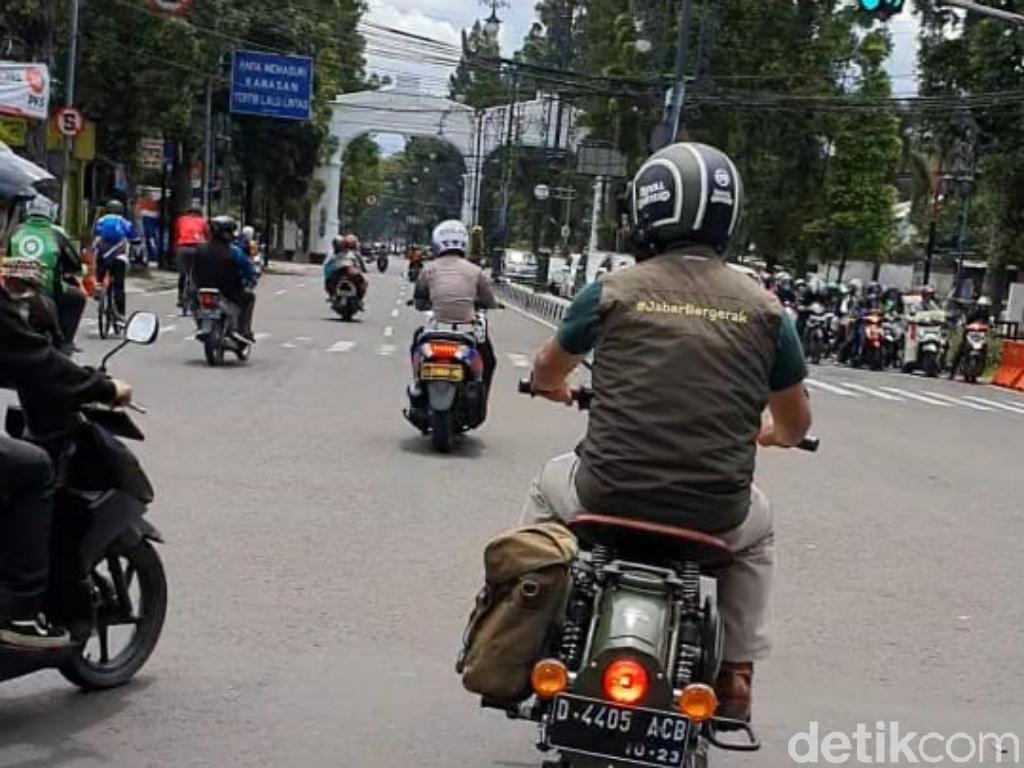Detik-detik Ridwan Kamil Hampir Ditabrak Pemotor Sembrono